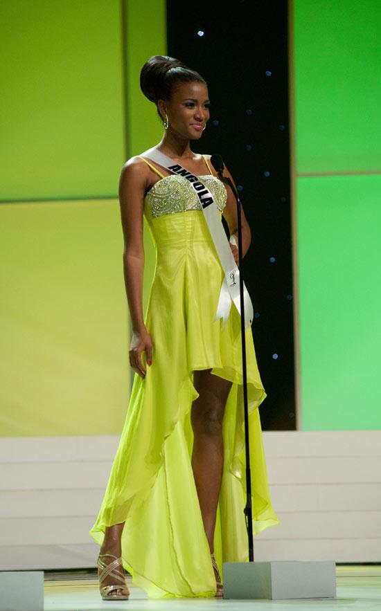 Miss Leila Lopes จากแองโกลา (Angola)  Miss Universe 2011