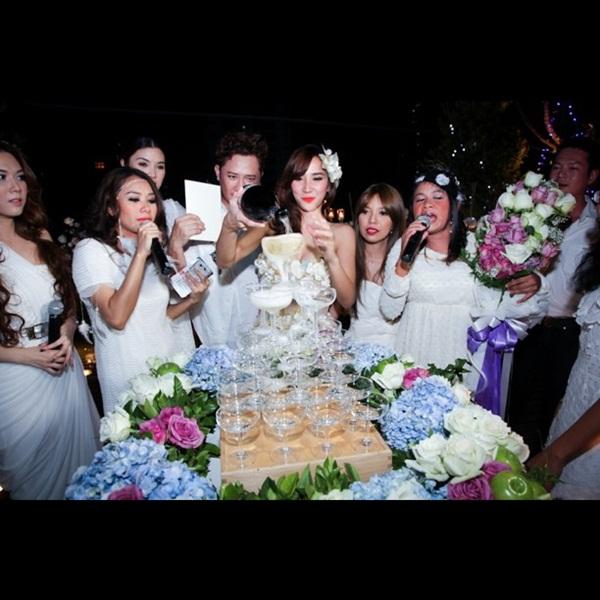 จัดเต็ม! ภาพปาร์ตี้วันเกิด อั้ม พัชราภา คอนเซ็ปต์เจ้าหญิง