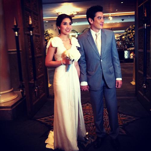 ชุดแต่งงานวุ้นเส้น