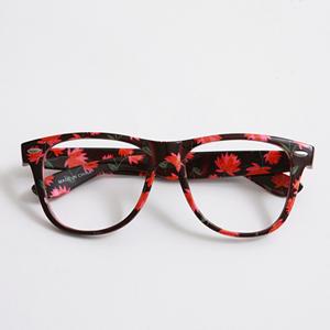 แว่นตาแฟชั่น