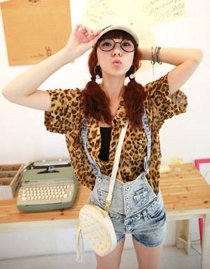 เสื้อผ้าลายเสือ