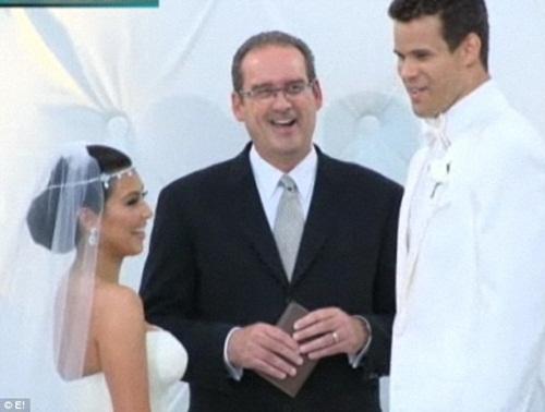 ฮือฮา! งานแต่ง คิม คาร์เดเชียน 10 ล้านดอลล์สหรัฐ