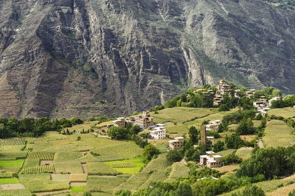 หมู่บ้านบนเทือกเขาหิมาลัย, ทิเบต