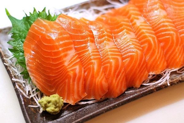 คนชอบกินปลาดิบต้องระวัง