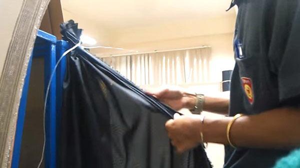 วิธีผูกผ้าไว้อาลัย