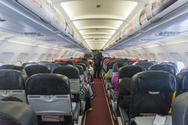 พฤติกรรมไม่ควรทำบนเครื่องบิน