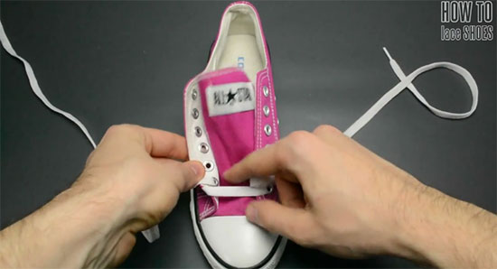วิธีผูกเชือกรองเท้า