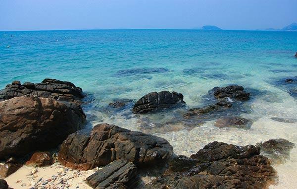 เกาะขาม ชลบุรี
