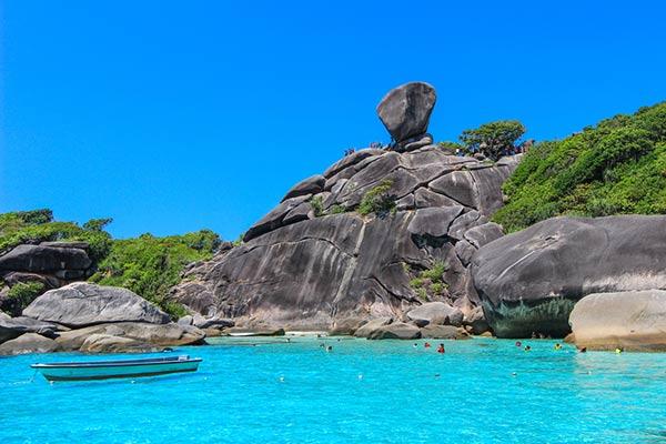สถานที่ท่องเที่ยวหมู่เกาะสิมิลัน