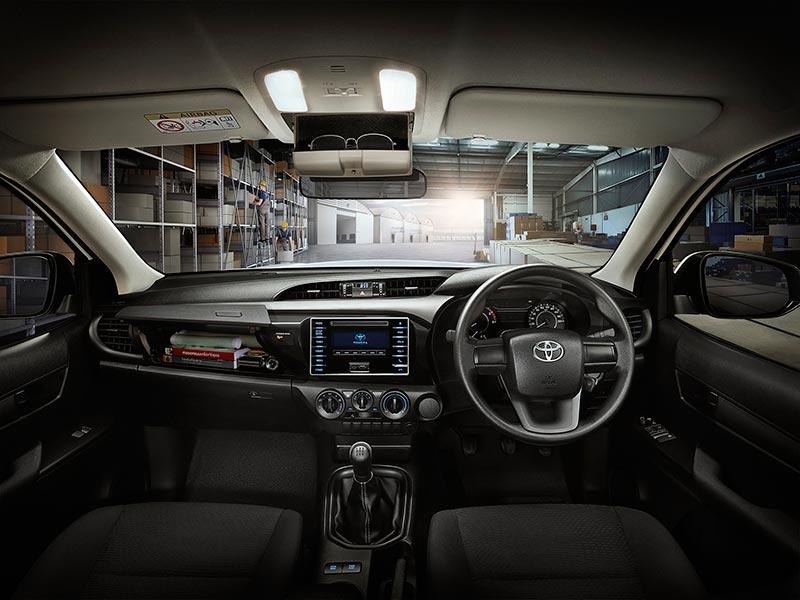 Toyota Hilux Revo 2018 ปรับโฉมใหม่ ตัวตนของคนจริง ราคา