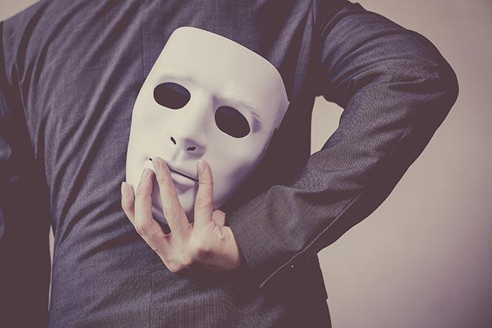 โรคมโน อาการทางจิตของคนชอบคิดเพ้อเจ้อ ขี้โกหกเพราะป่วย !