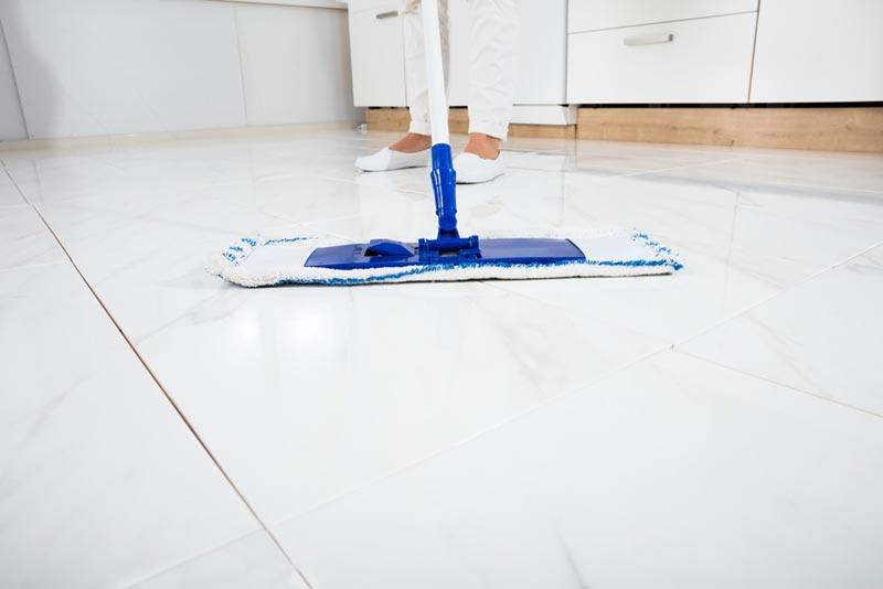 วิธีทำความสะอาดพื้นกระเบื้อง