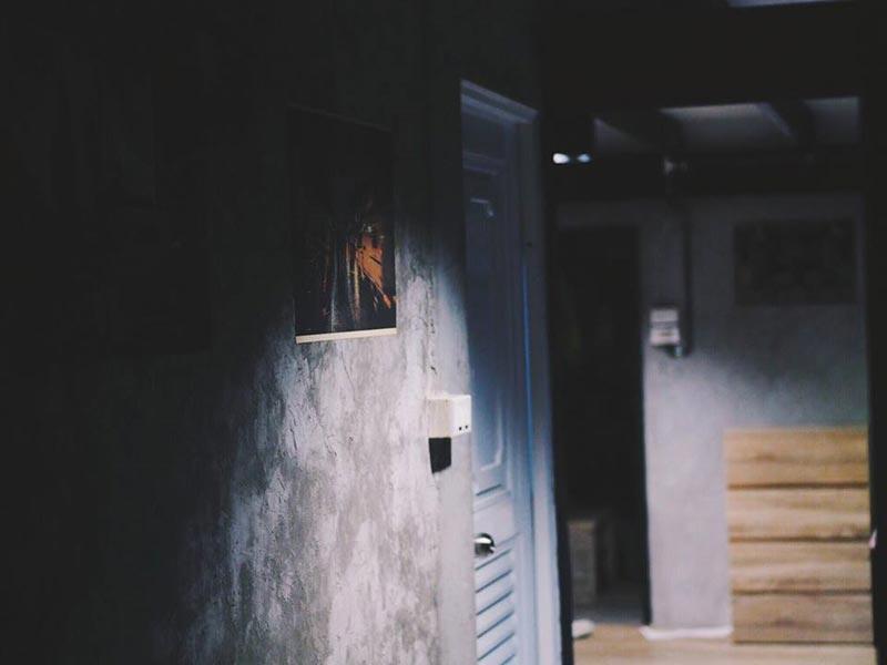 รีโนเวทบ้านโทรม เป็นบ้านลอฟท์ผนังปูนเปลือย
