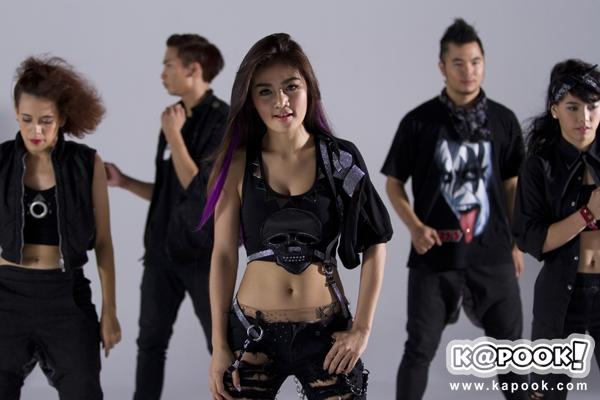 กระแต อาร์สยาม ลุยถ่าย MV เพลง ตื๊ด