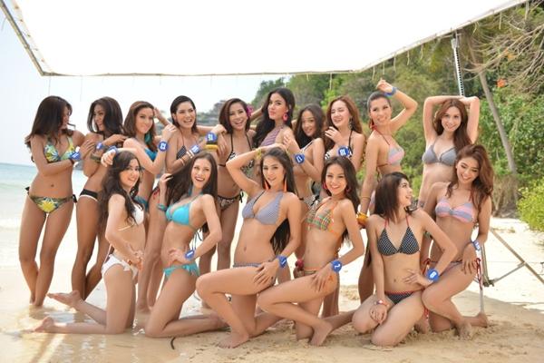 ยลโฉม 20 สาวงาม มิสไทยแลนด์เวิลด์ 2013 ในชุดว่ายน้ำ