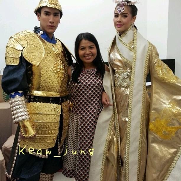 ชมภาพ ณเดชน์ ญาญ่า ในชุดหงส์-มังกร คู่บุญบารมี รับตรุษจีน
