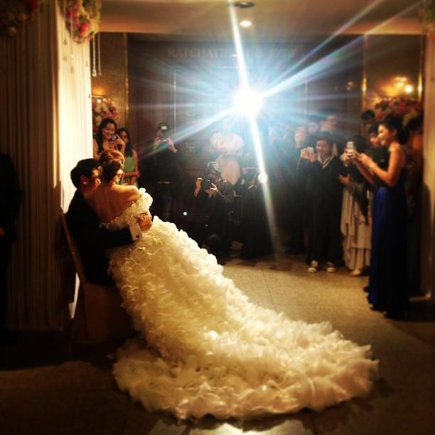 ภาพงานฉลองสมรส เอิร์น จิรวรรณ - ดราฟ ดวงฤทธิ์ สุดชื่นมื่น