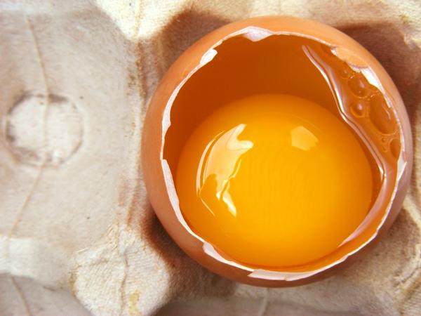 ไข่ไก่เต็มฟอง