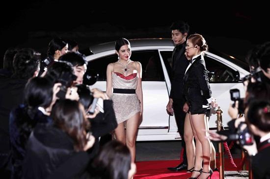 ใบเตย อาร์สยาม MV เพลง เช็ดแล้วทิ้ง (รกอก)
