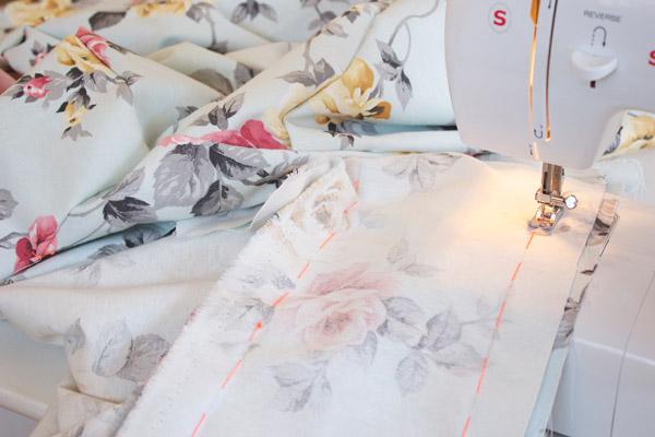 DIY ผ้าคลุมโซฟาลายสวย ด้วยตัวเอง