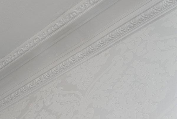 คอนโดสีขาว 1 ห้องนอน สว่าง สะอาดตา
