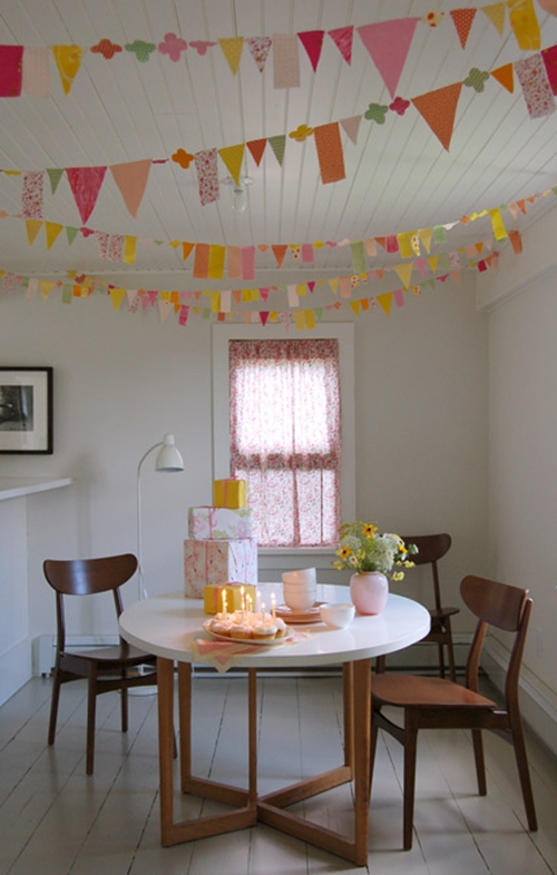DIY โมบายแต่งบ้าน สำหรับงานปาร์ตี้