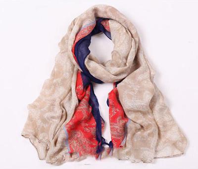 ผ้าพันคอผู้หญิง
