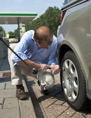 การดูแลยางรถยนต์กับทีมรถรับจ้าง ให้มีอายุใช้งานที่ยาวนานขึ้น