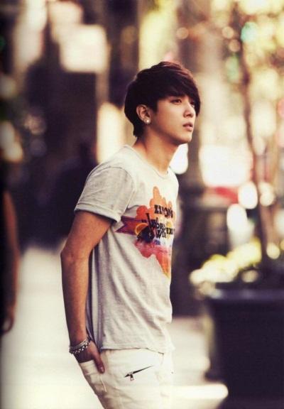 จองยงฮวา แห่ง CNBLUE ถูกโหวตว่าหนุ่มดูดีแบบธรรมชาติ