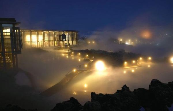 10 สถานที่ท่องเที่ยวแสนงดงามที่ต้องไปเยือนสักครั้ง