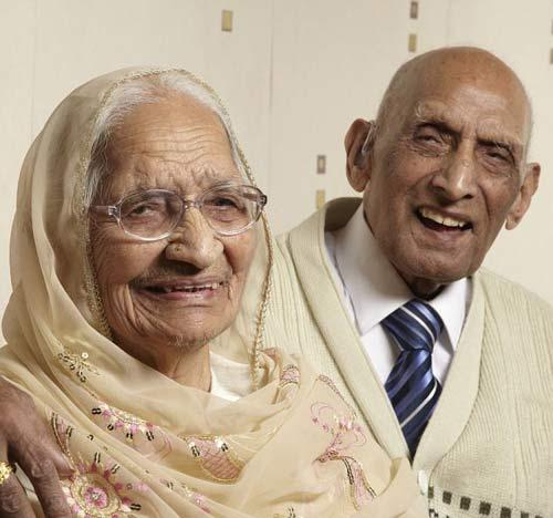 คู่รักมาราธอน! ปู่ย่าอินเดียครองคู่ 87 ปี นานที่สุดในโลก