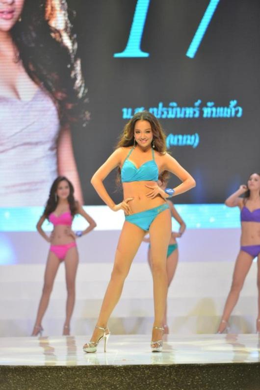 เกาะขอบเวที มิสไทยแลนด์เวิลด์ 2013 ชม 20 สาวงามซ้อมโชว์ชุดว่ายน้ำ